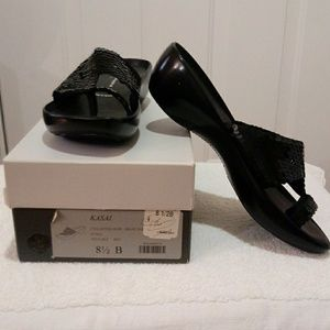 Robert Clergerie Shoes - ROBERT CLERGERIE BLACK Sequin Platform Thong Slide